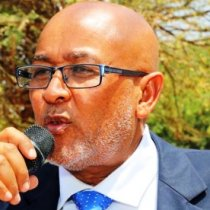 Opposition leader accuses President Behi of treason, demands resignation or impeachment
